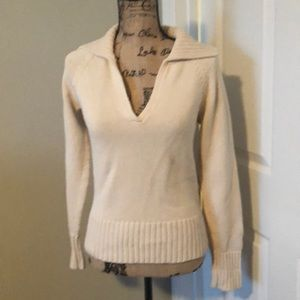 Banana Republic small fitted cotton v-neck sweater